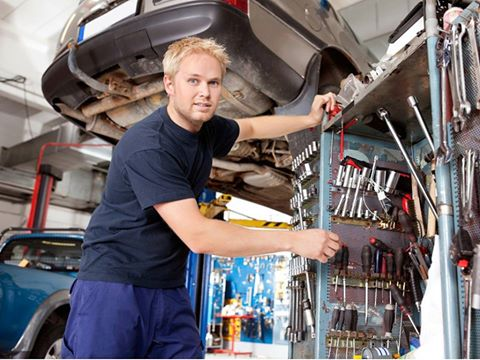 a mechanic with Business insurance in Dallas