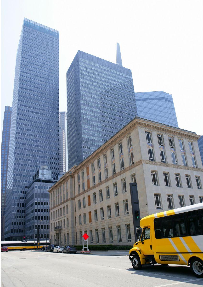 Commercial Building In Dallas Texas